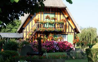 Conteville (Eure) Concours Fleurissement - Maison individuelle