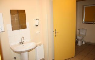 Conteville (Eure) La salle Rever - WC