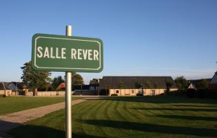 Conteville (Eure) La salle Rever - Extérieur